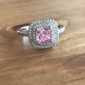 Jewelry - Pink&White CZ ring set in Sterling Silver
